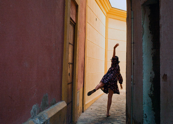 Beyond the Vanishing Point - Souvenirs 2012-2014 - ALLEY_DANCER